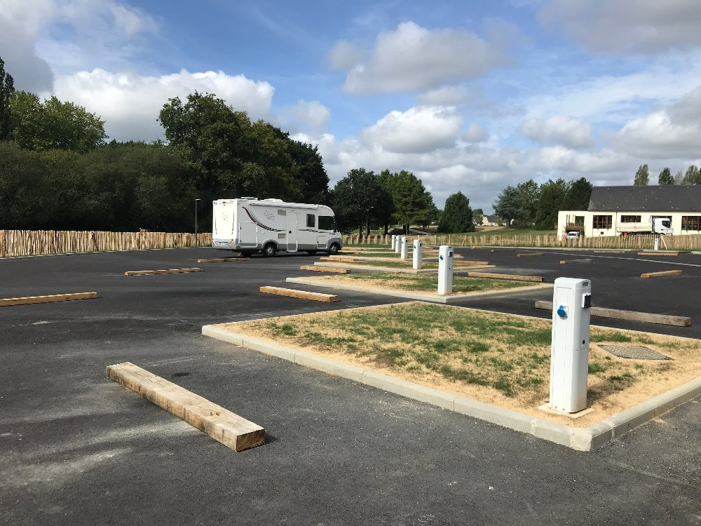 Aire camping-car à Châteaubriant (44110) - Photo 3